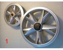 диски колес 12 дюймов и 10 дюймов